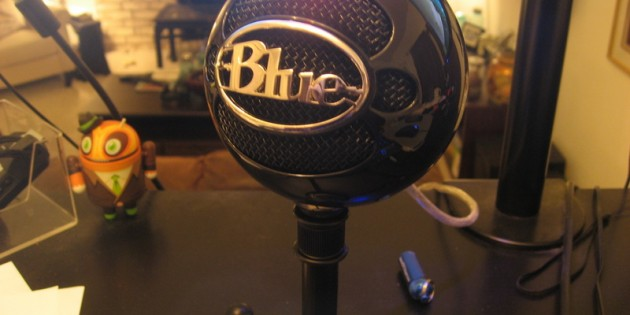 Blue Microphones Snowball USB Microphone First Impressions Review
