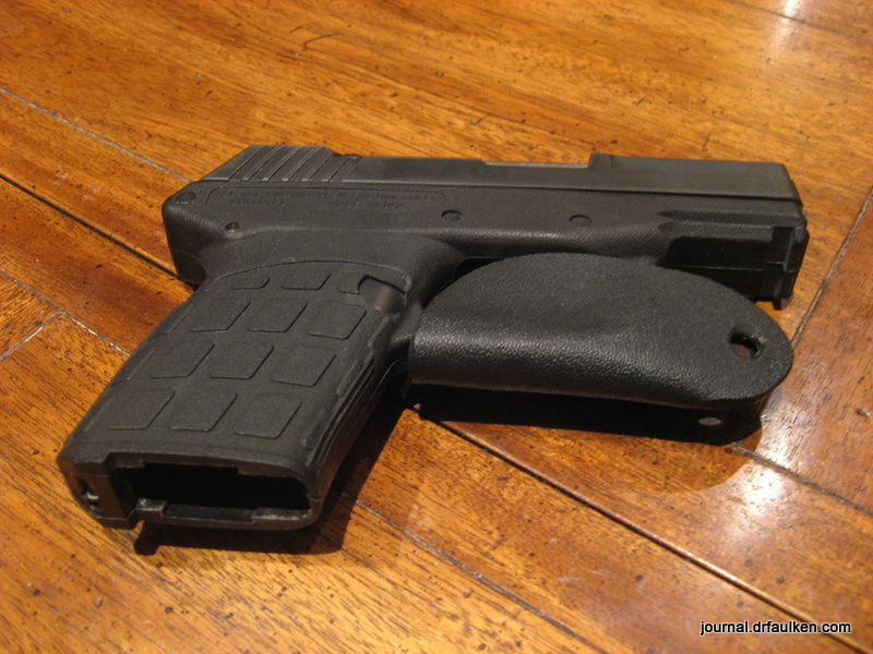 Trigger Guard Holster for Kel-Tec PF-9 Review : Gibberish Is